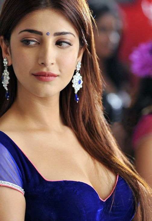 bollywood actresses shruti husan