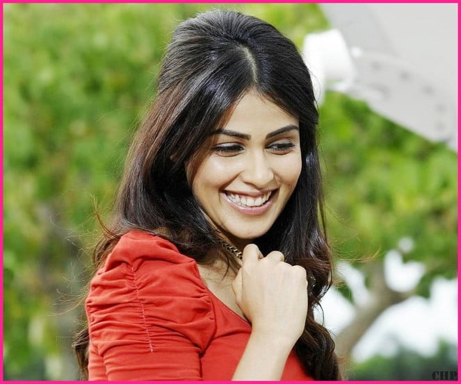 indian film heroine smiling face